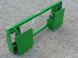 831980 Adapter Plate Skid Steer Attachments For JD 240/45 260/65